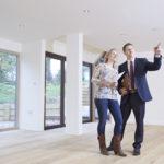 Dlaczego lepiej wynająć mieszkanie za pośrednictwem biura nieruchomości?