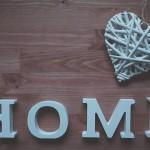 Mieszkanie i ręcznie robione dekoracje