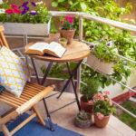 Kilka sposobów na wakacyjną metamorfozę Twojego balkonu
