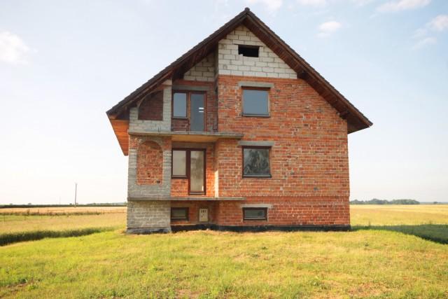 Dom-Kościerzyce-Lubsza