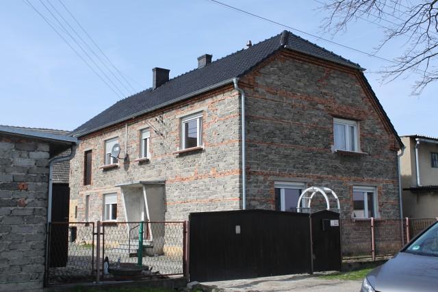 Dom-Pisarzowice-Strzeleczki