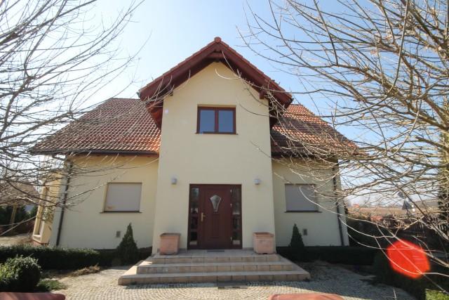 Dom do wynajęcia Krzeptów - 1