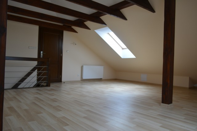 Dom na sprzedaż  - 6