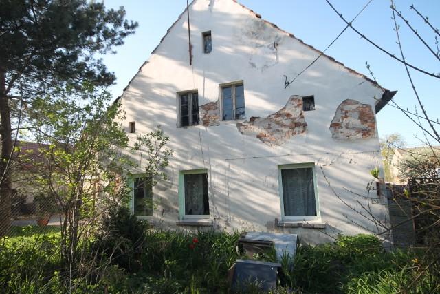 Dom na sprzedaż Grodków - 1