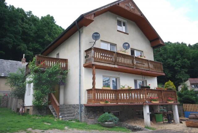 Dom na sprzedaż Jarnołtówek - 1