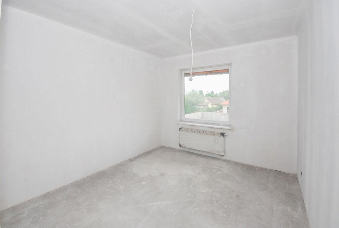 Dom na sprzedaż Osiny - 9
