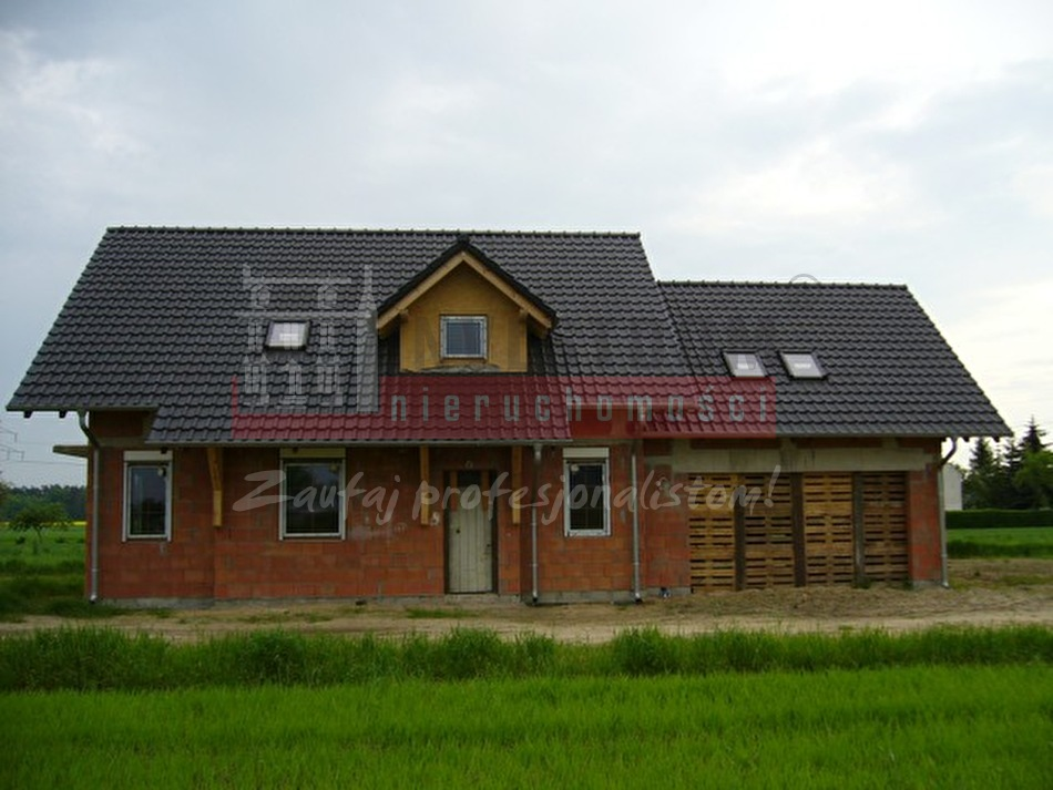 Dom na sprzedaż Pietna - 1