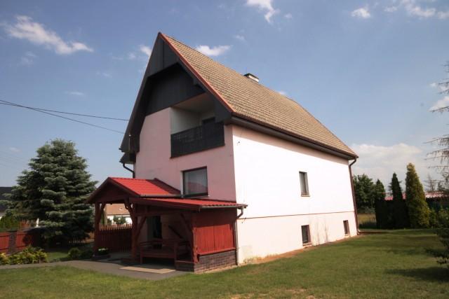 Dom na sprzedaż Szydłowice - 1