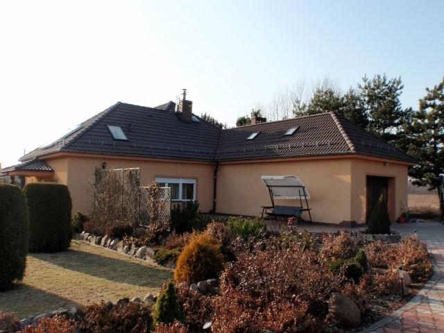 Dom na sprzedaż Wisznia Mała - 2