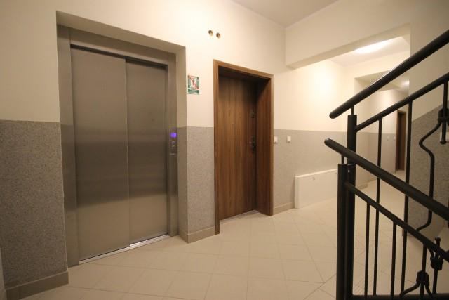 Mieszkanie na sprzedaż Brzeg - 2