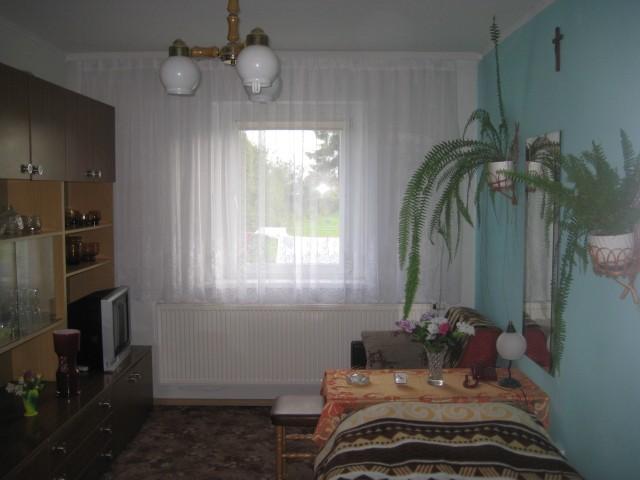 Mieszkanie na sprzedaż Olesno - 2