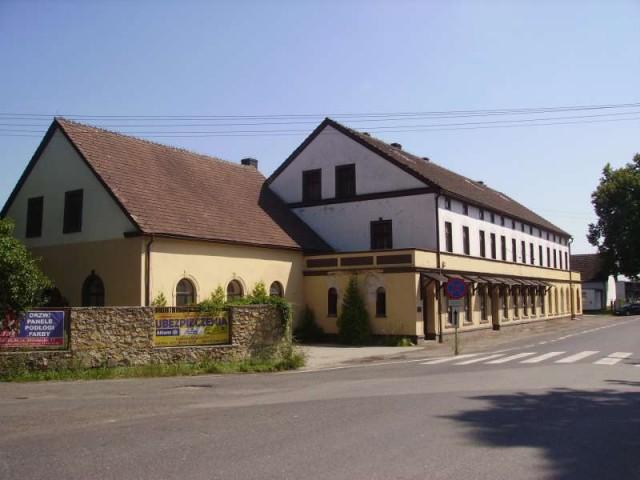 Obiekt na sprzedaż Tarnów Opolski - 1